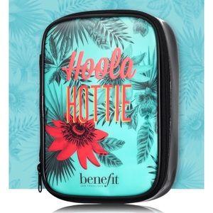Benefit Cosmetics Hoola Hottie Zippered Makeup Bag